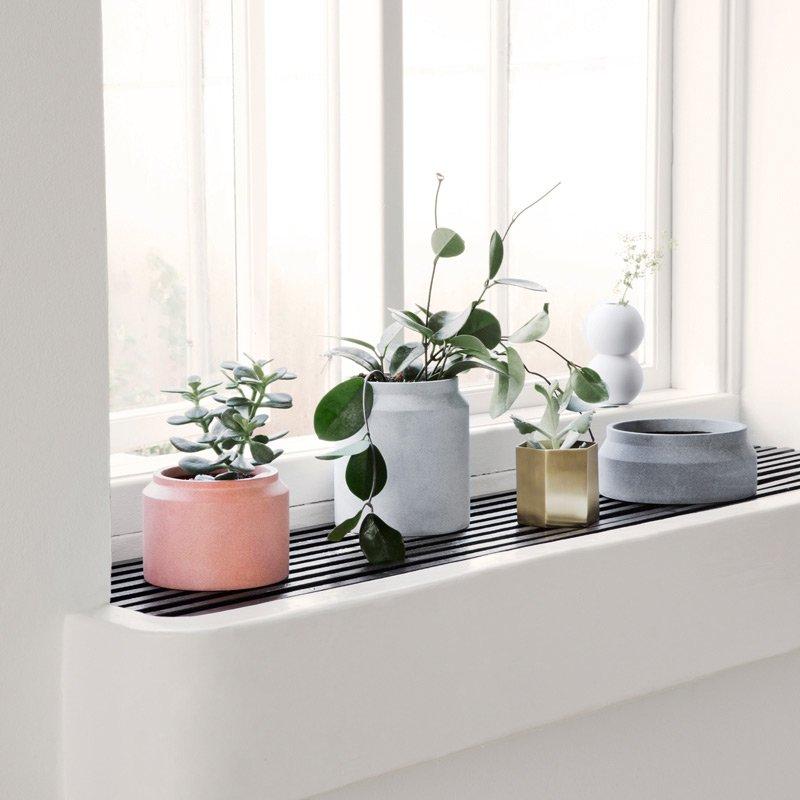 concrete pot dark grey small modern intentions shop. Black Bedroom Furniture Sets. Home Design Ideas