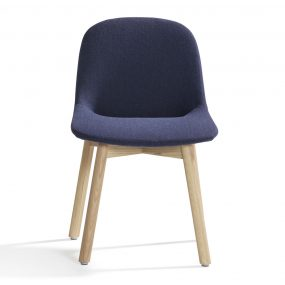 Beso Chair (Wood Legs) by Artifort
