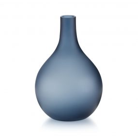 Sansto Vase Dark Blue by Lucie Kaas in size Large