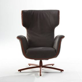 First Class Lounge Chair Starfoot Swivel
