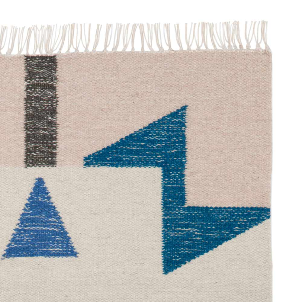 Kelim Modern blue triangles kelim rug modern intentions shop modern rugs