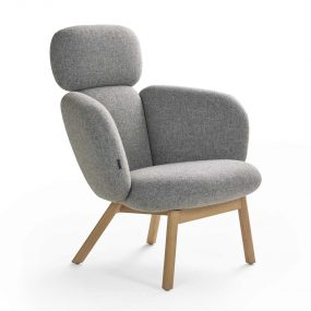 Bras Highback Easy Chair in Artifort Select Upholstery