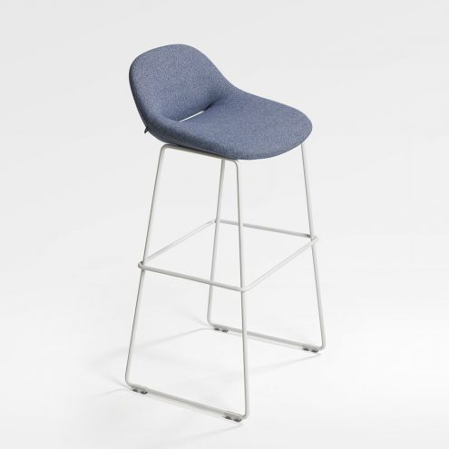 Beso Bar Stool by Artifort